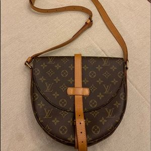 Authentic Louis Vuitton Chantilly GM